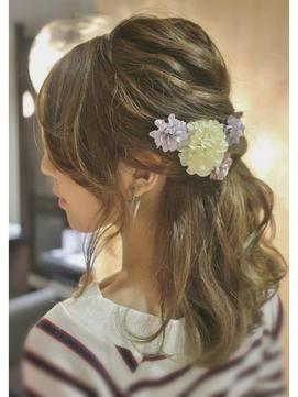 結婚式に呼ばれても髪型に悩まないで♡ミディアムヘアの人必見