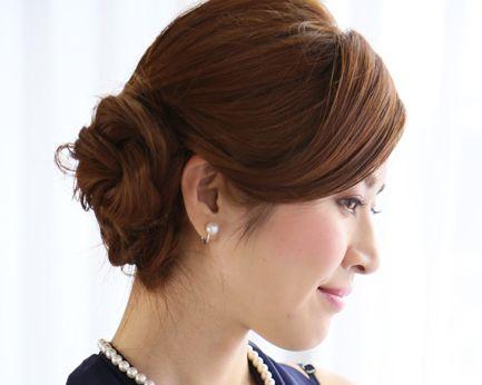 結婚式のミディアムヘア40代でも素敵な髪型